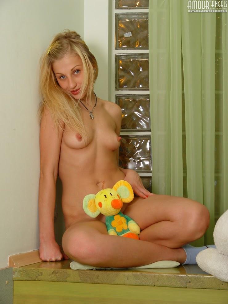 5916619259 [AmourAngels] Vika - Sexy Toy amourangels 06200