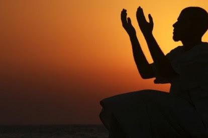 Bacaan Doa Nabi Adam AS Beserta Terjemahannya [Lengkap]