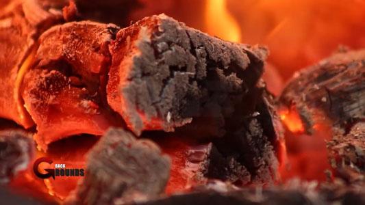 تنزيل خلفية فيديو للمونتاج خشب يحترق بجوده عاليه, Burning Wood ROYALTY Stock Footage HD