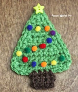 http://translate.googleusercontent.com/translate_c?depth=1&hl=es&rurl=translate.google.es&sl=en&tl=es&u=http://www.repeatcrafterme.com/2014/12/crochet-christmas-tree-applique.html&usg=ALkJrhguuBAovpctq8-hfRISGrgG2A5VzA