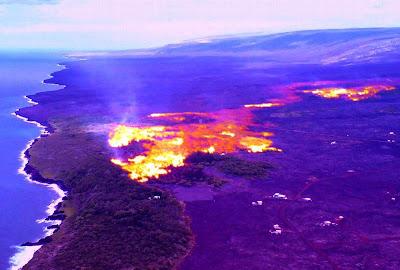 Lavas do Kilauea encontrando com o mar