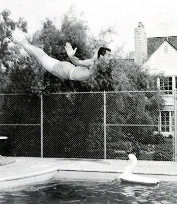 ilovedinomartin dean martin diving into a pool. Black Bedroom Furniture Sets. Home Design Ideas