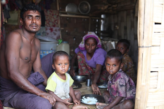 သင္းလဲ့၀င္း (Myanmar Now) – လူကုန္ကူးခံရမည္စိုးသျဖင့္ ႐ိုဟင္ဂ်ာမ်ား ဒုကၡသည္စခန္းအတြင္း ဆက္ေန