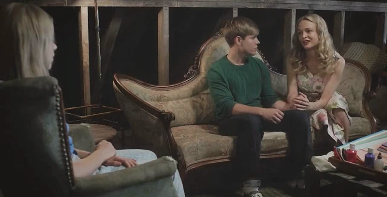 flowers in the attic 2014 kiernan shipka mason dye heather graham