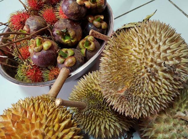 buah-buahan tempatan yang sangat digemari