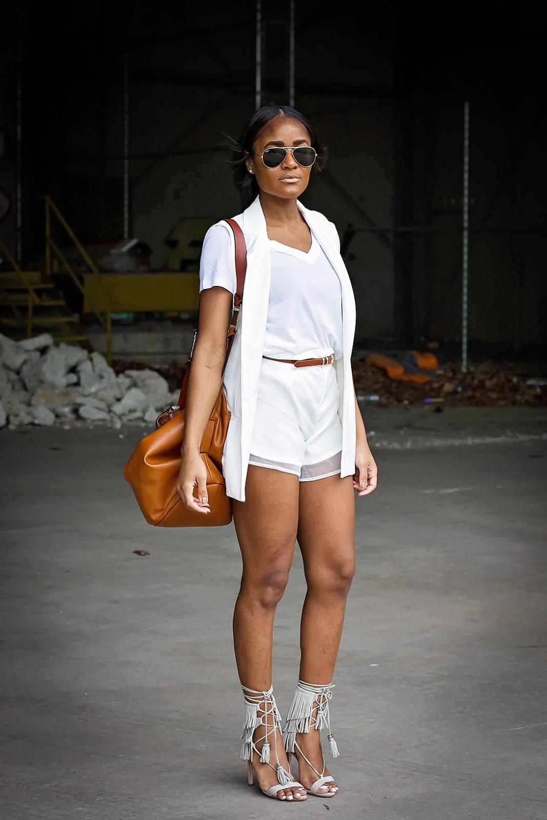all white 70's summer style / Schutz suede fringe sandals - The Daileigh