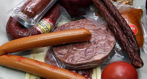 Черен списък на най-опасните храни на българския пазар