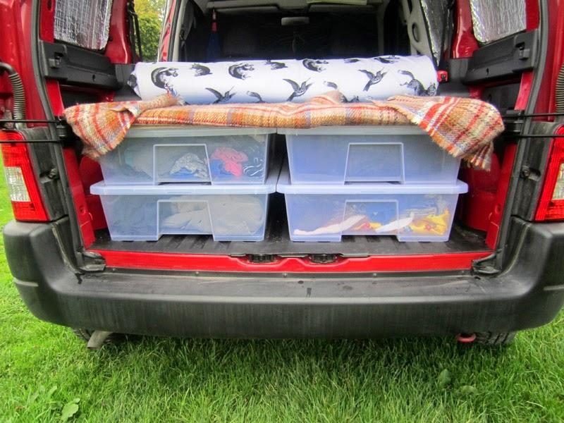 Me Go Berlingo Camper O Bed And Bedding