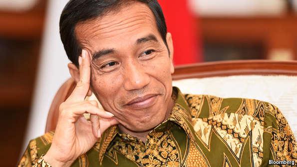 Jokowi Penuhi Undangan Raja Salman Disaat Rizieq Ngumpet di Saudi