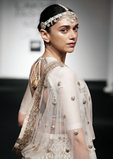 Aditi Rao Hydari for Jayanti Reddy at the Lakme Fashion Week Summer Resort 2016