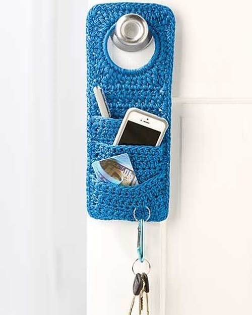 Don't Forget! - Doorknob Organizer - Crochet Pattern