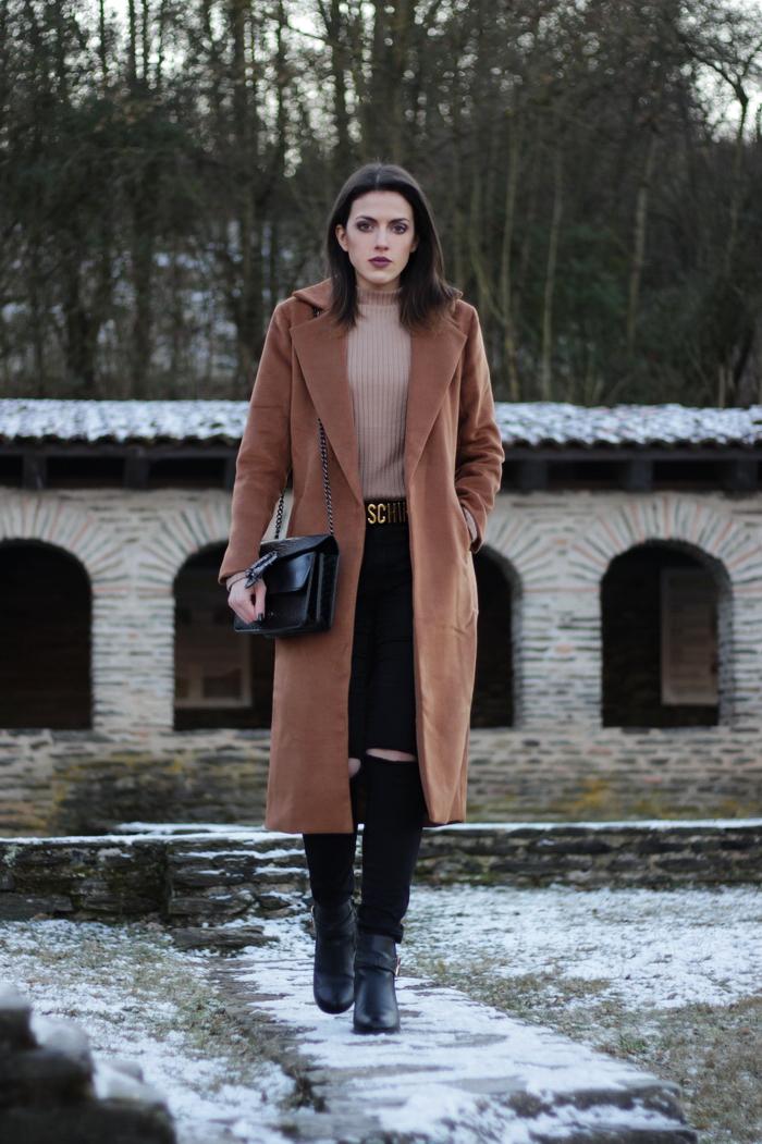 Outfit langer brauner Mantel Fashionblog