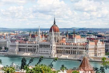 منح ممولة لدراسة الماجستير مقدمة من الاكاديمية الدبلوماسية في فيينا بالنمسا