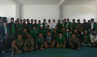 Kenakan Sarung, Ajeungan Muda Bandung Barat Bahas Islam Nusantara