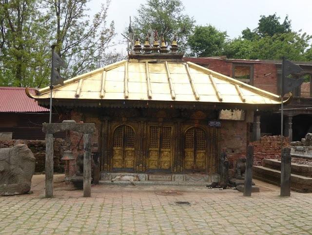 tempio di chhinnamasta a Changu Narayan