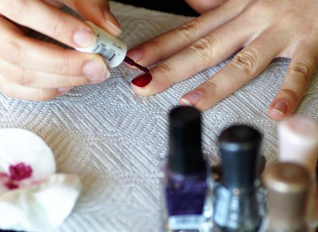 conseils-beaute-manucure-jolie-harmonieuse-tenue-du-vernis-a-ongles