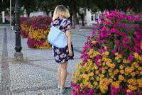 http://annaonopiuk.blogspot.com/2016/08/aweczka-sienkiewicza-i-sukienka-w-kwiaty.html