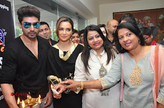 Bollywood Actress Sana Khan Launches Aakrithi Exibition  0298.JPG