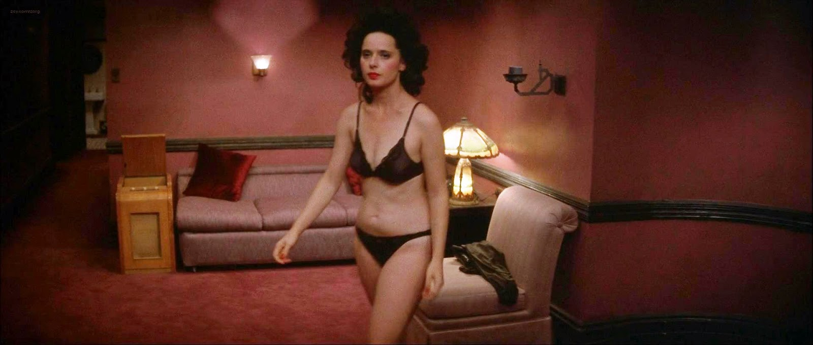 Isabella rossellini naked news xxx - Isabella rossellini nude full frontal  bush and topless in blue