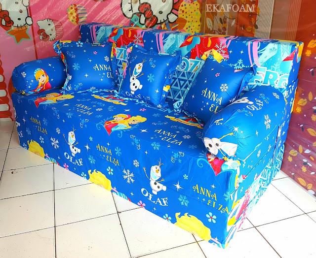 Sofa bed inoac motif anna elza biru