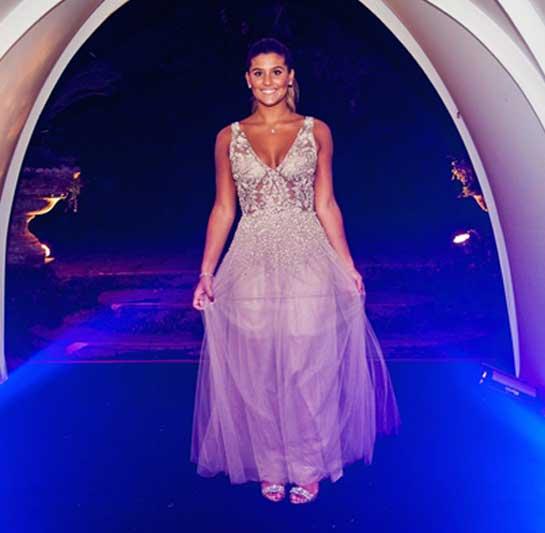 Julia Costa , filha Flavia Alessandra , vestido debutante