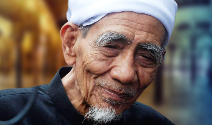 KH Maimun Zubair; Ulama Karismatik Sarang yang DIperebutkan 1