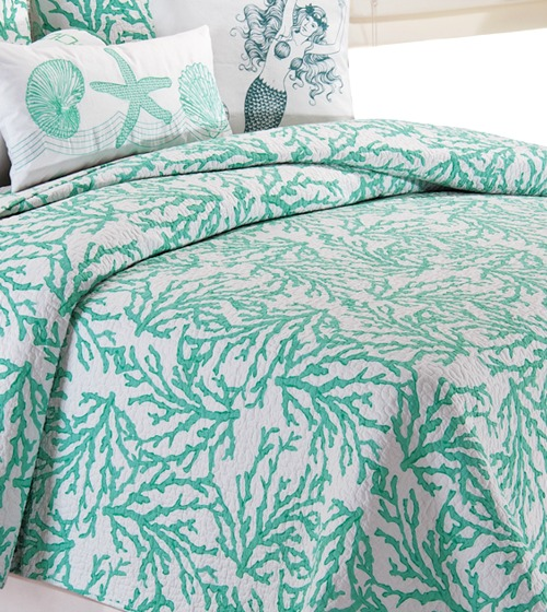 Coastal Coral Seafoam Cotton Quilt