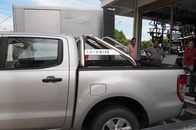 JRJ 4x4 ACCESSORIES SDN.BHD.: Nissan Frontier Roll Bar