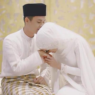 7 Tips Ampuh Agar Suami Istri Selalu Romantis