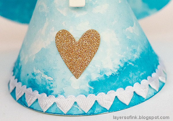Layers of ink - 3-D Watercolor Angel Tutorial by Anna-Karin Evaldsson.