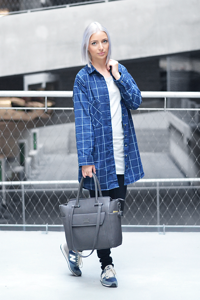 Turn it inside out // Denim shirt dress
