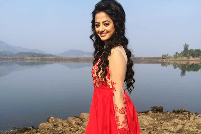Latest Helly Shah HD Wallpapers, Images And Picttures ❤