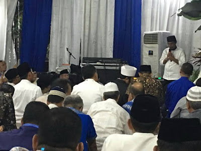 Bupati Sehan Salim Landjar yang juga Ketua DPW PAN Sulut saat menghadiri Undangan Buka Puasa Bersama di Kediaman Ketua DPP PAN, Zulkifli Hasan.
