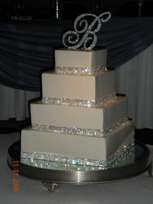bling out wedding cakes wedding cake bling beautiful cakes that sparkle amp shine 11922
