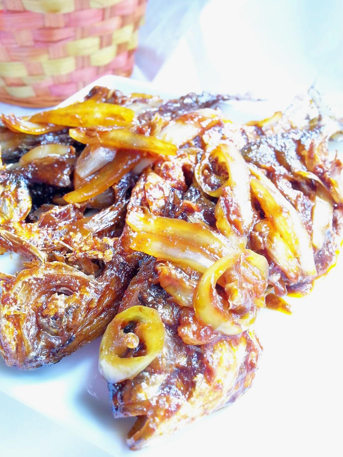 resepi ikan goreng kicap ikan masak kicap mudah  senang ceritera  gadis biru goreng dlm Resepi Ikan Selar Masak Pedas Enak dan Mudah