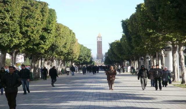 تونس:شارع الحبيب بورقيبة بلا سيارات يوم الأحد 21 أفريل 2019