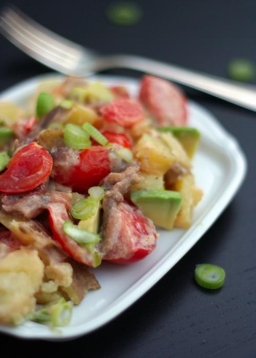 Kochkarussell: Kartoffelsalat mit Sardellen, Tomaten und Avocado