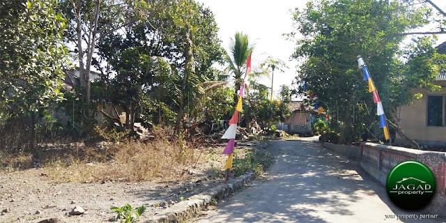 Tanah jalan Kaliurang Km 11 Timur Lapangan