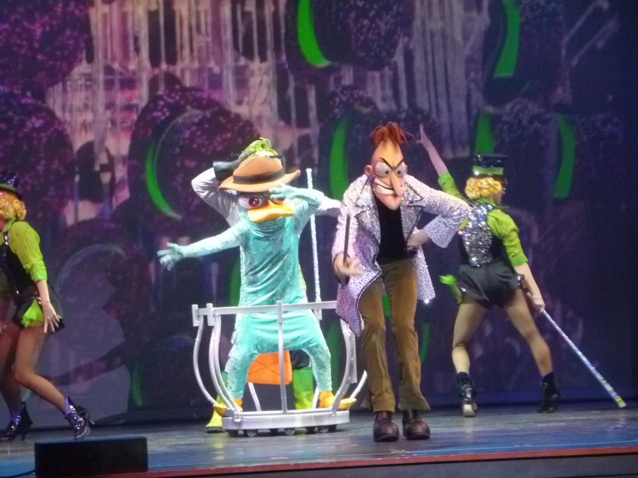 Phineas And Ferb Dr Doofenshmirtz Building Evan and Lauren's Cool...