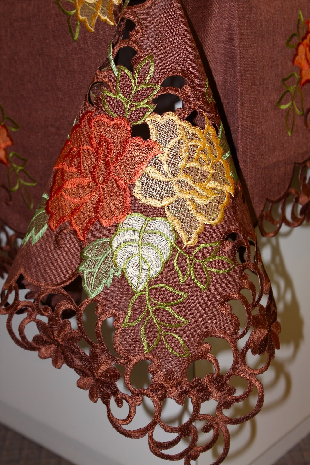Sweet Southern Days Fall And Christmas Tablecloths And More