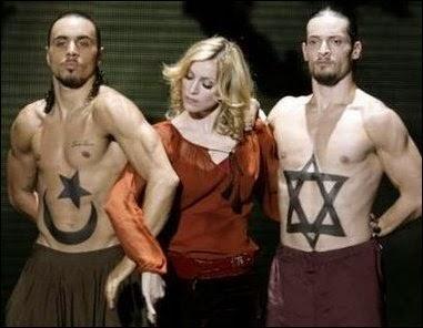 LO QUE N0 TE CUENTAN EN LA TV,,,,,, - Página 2 Madonna-illuminati-2