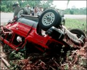 FUN GREEDY: Lisa Lopes killed car