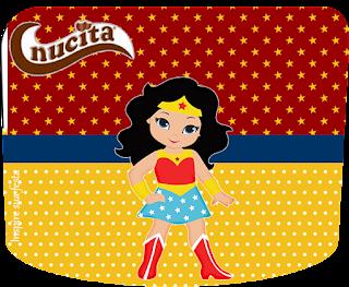 Etiqueta Nucita de Mujer Maravilla Chibi para imprimir gratis.