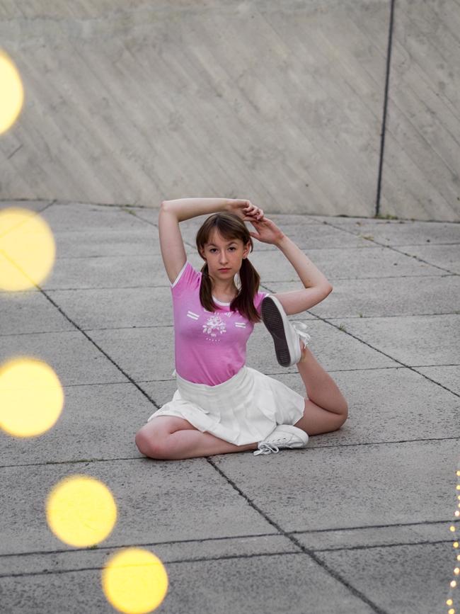 sesha gimnastyczna jogi