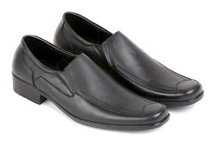 jual sepatu kerja pria, gambar sepatu kerja pria aladin,model sepatu formal pria kulit,koleksi sepatu kantor pria branded