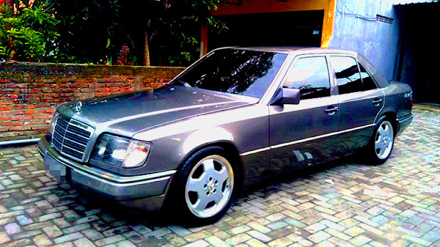 Mercedes Benz Mercy Boxer W124