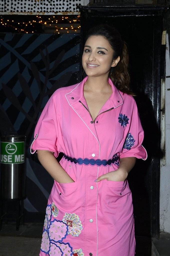 Glamorous Haryana Girl Parineeti Chopra Photo Shoot In Pink Dress
