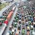 Αιτωλοακαρνανία: Αγρότες κλείνουν επ΄ αόριστον την εθνική οδό Αντιρρίου–Ιωαννίνων στον κόμβο Κεφαλόβρυσου