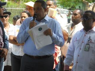 IAD rehabilita plantaciones de aguacate y café en Pedernales; elaboran proyecto de financiamiento asociado a caficultores