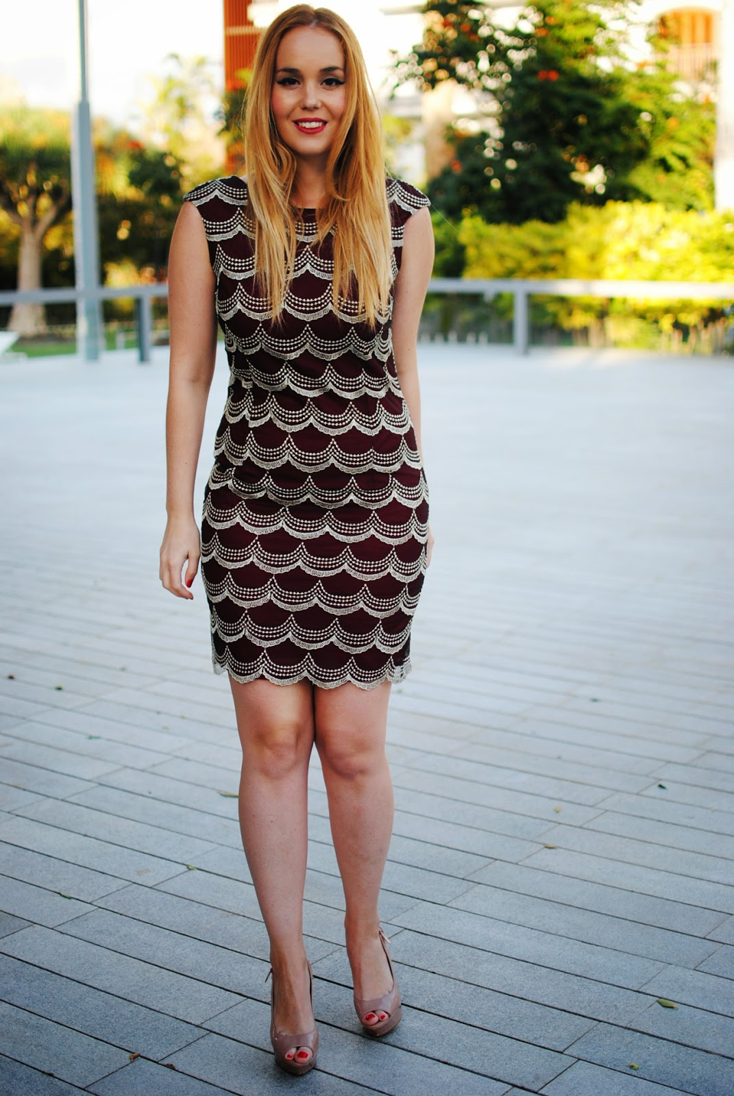 nery hdez, blonde, chichi clothes, burgundy dress